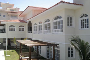 Salvador House 3