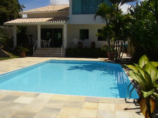Vilas Do Atlantico Property